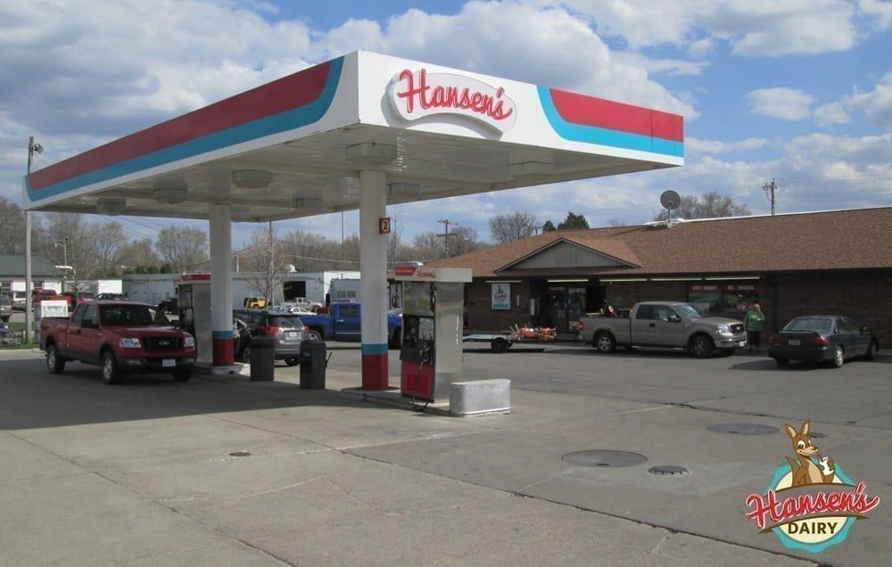 hansens-gas-exterior4